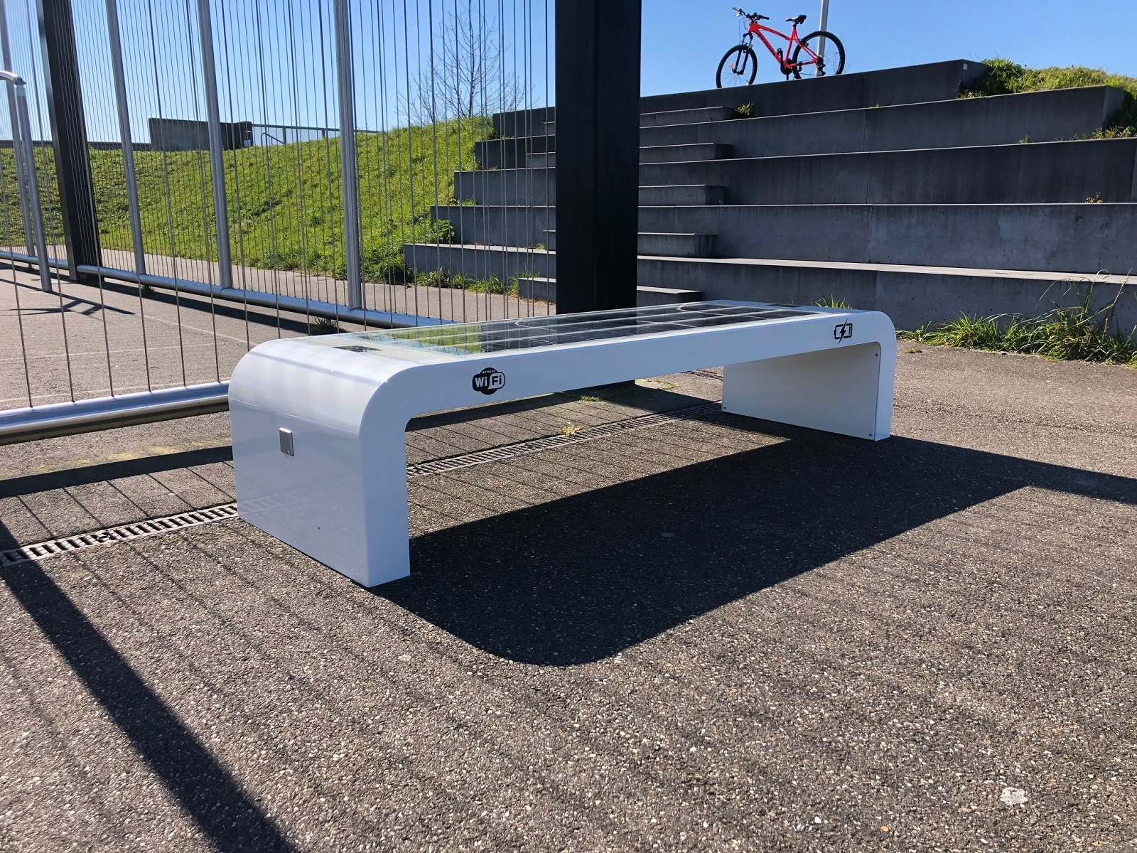 Solar bench WiFi4EU
