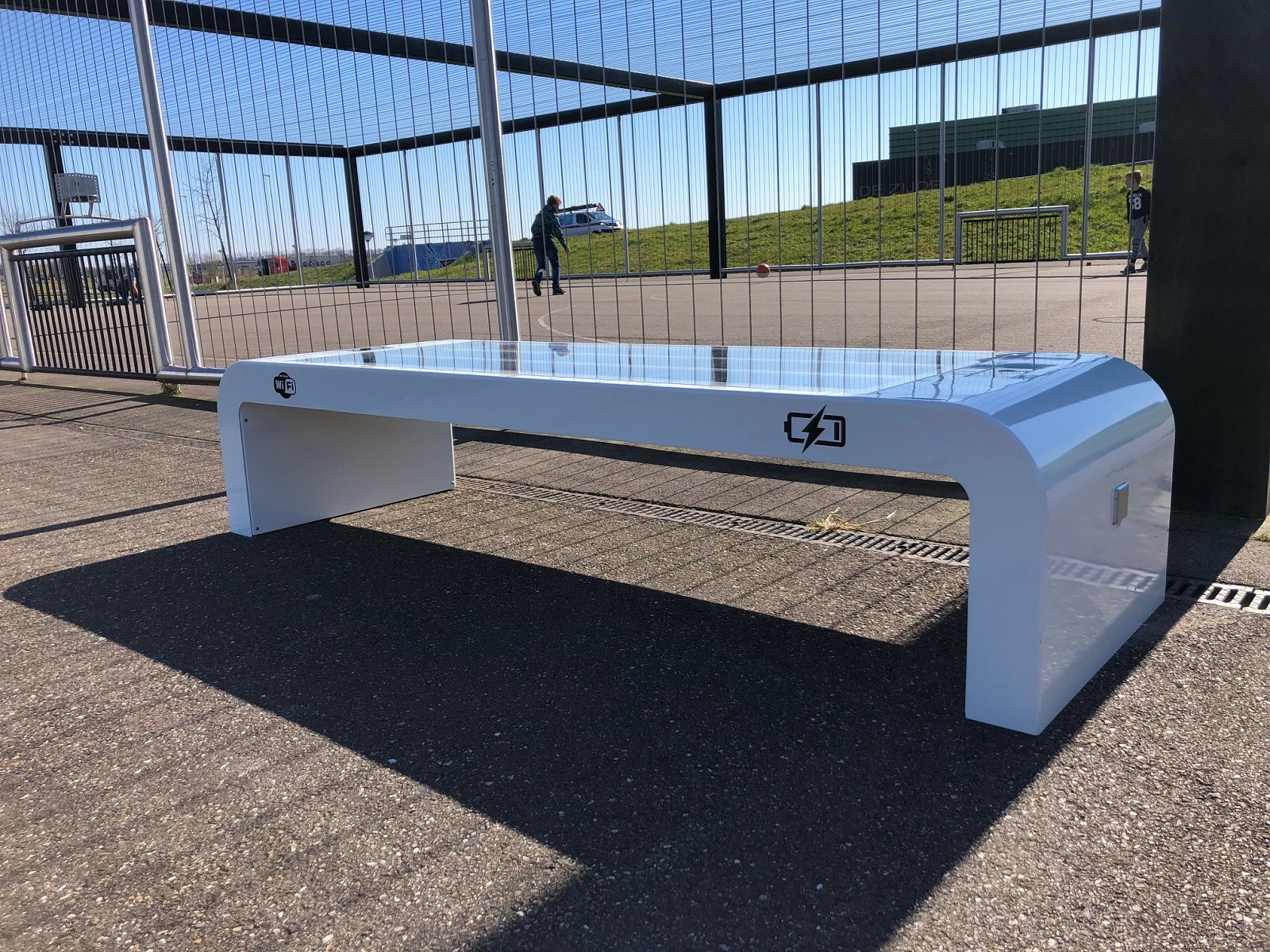 Solar bench WiFi 4EU